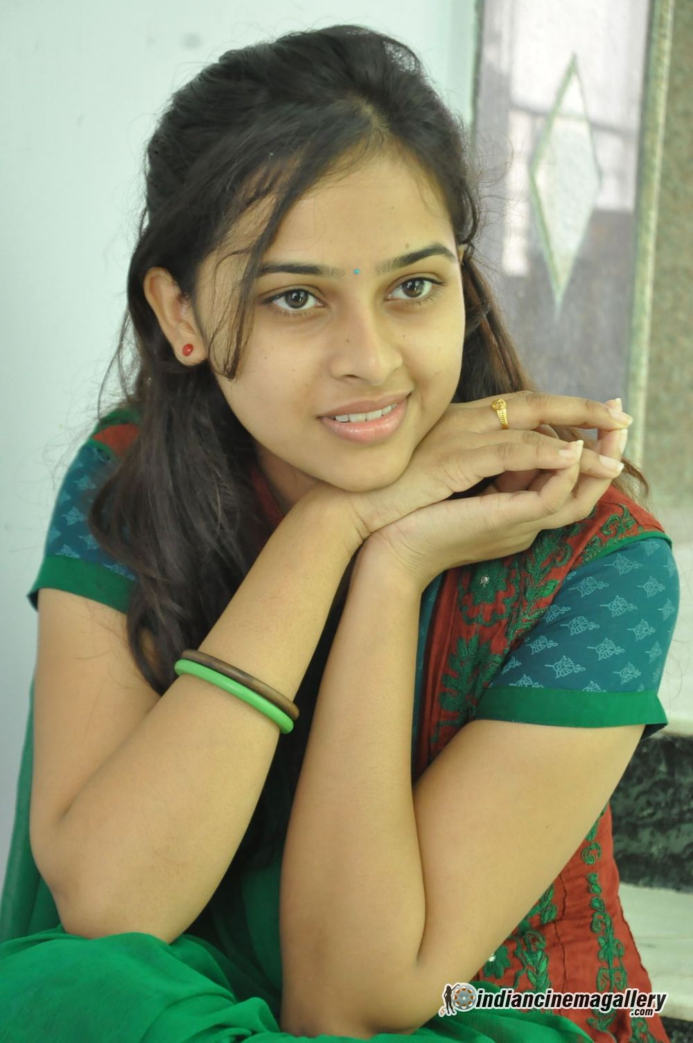 Sri Divya 1jpg Hd Wallpapers Hd Images Hd Pictures
