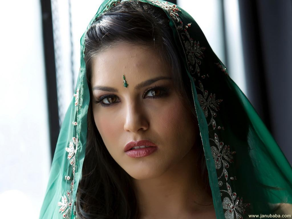 Sunny Leone Wallpaper Desk Hd Wallpapers Hd Images Hd Pictures