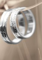 Love-rings-wallpaper-4.jpg